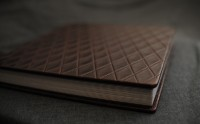 Detail of the datebook chocolate leather album from Finao.