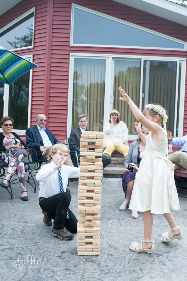 giant jenga played afer the ceremony